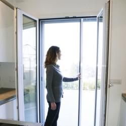 Moustiquaire pour porte / porte fenêtre ZENA